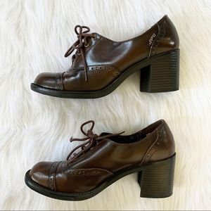 Vintage Mudd Oxford Chunky Lace Up Clog Heels